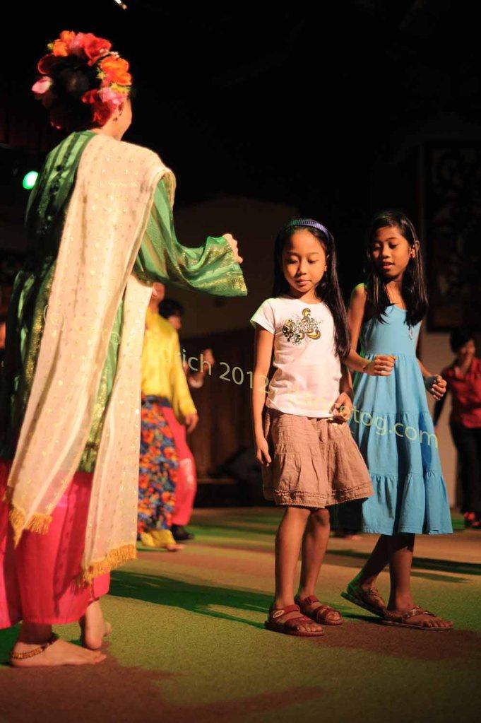 Celebrating Gawaii by dancing together in Borneo, Malaysia
