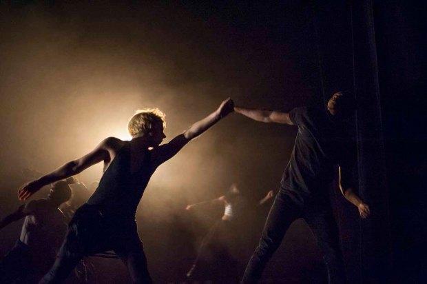 Dancers in Avant Garde Dance's Black Album, (c) Carole Edrich 2012