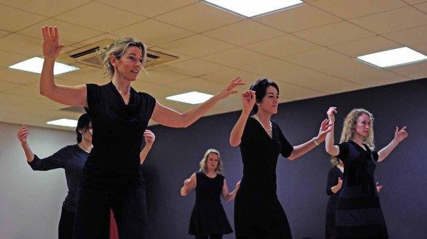 Raquel Greenberg giving a tango styling workshop, (c) Carole Edrich 2012