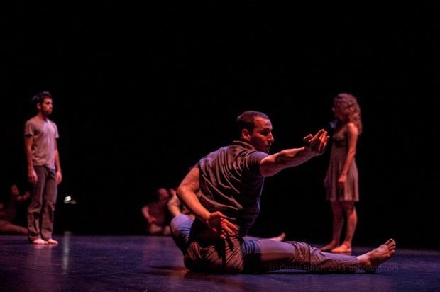 Alias performing Sideways Rain at the Nottingham Playhouse, (c) Carole Edrich 2013