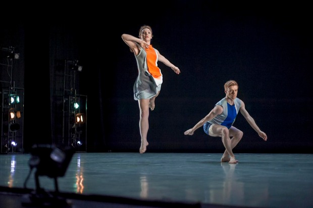 Hannah Kidd and Andrew Macleman of Richard Alston's Dance Company performing An Elder's Hocket at the New Wimbledon Theatre, (c) Carole Edrich 2013