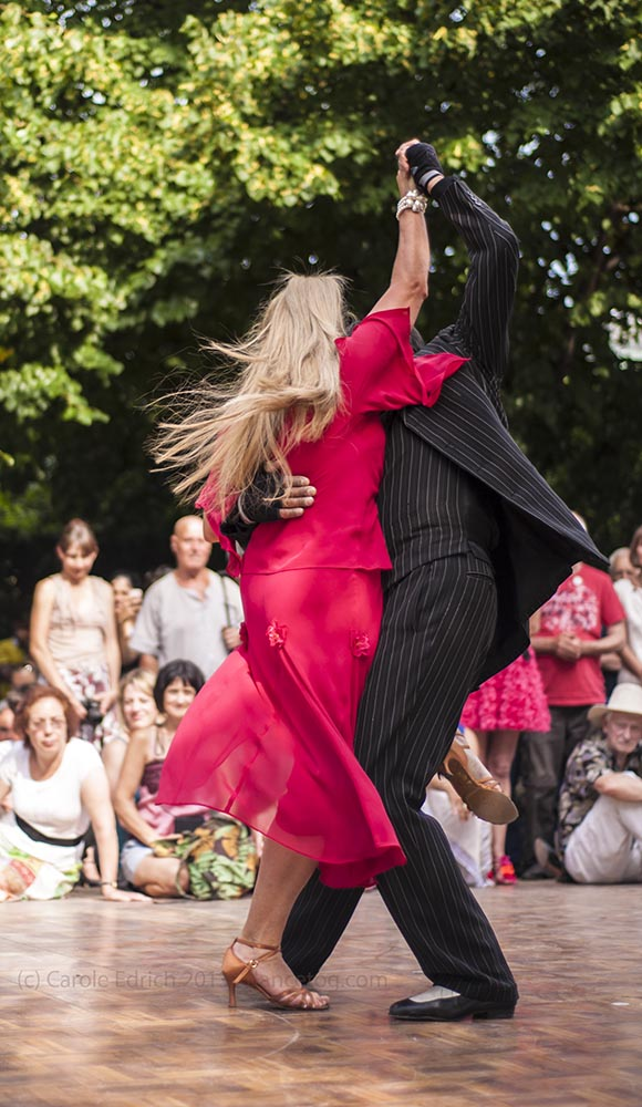 Los Ocampo performing at Tango Al Fresco, Regents Park, London. (c) Carole Edrich 2013.