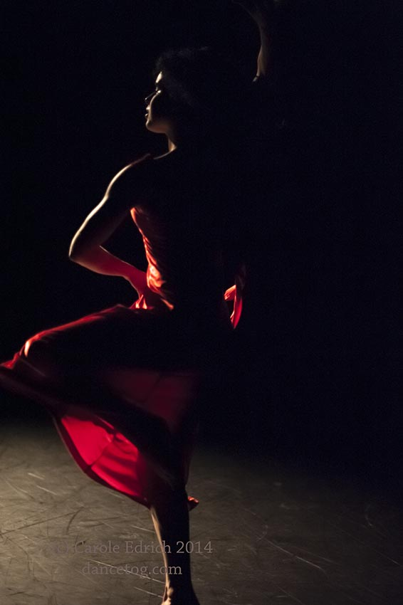 Maria Fonseca in Red Tears at Resolution!, (c) Carole Edrich 2014