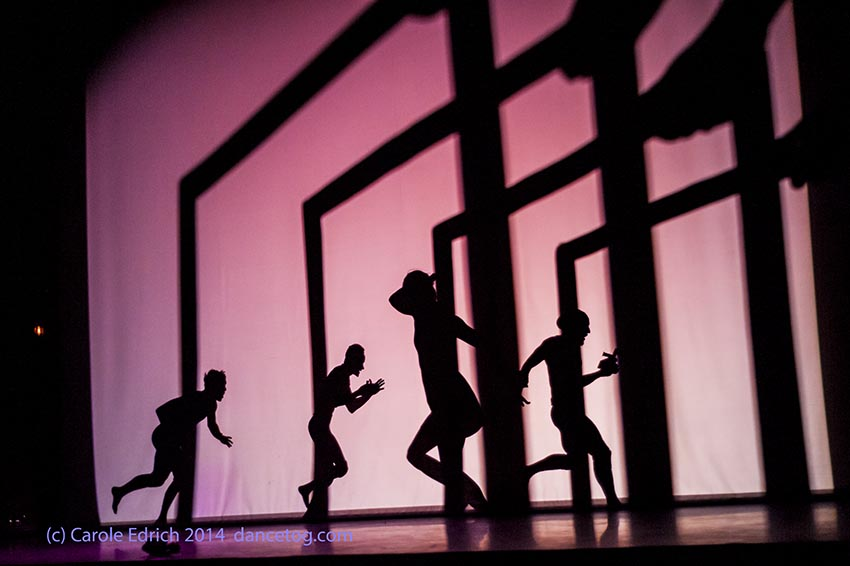 Shadowland by Pilobolus at the Peacock Theatre, (c) Carole Edrich 2014