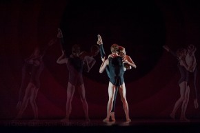 Outlier by Wayne McGregor | Random Dance, part of See the Music, Hear the Dance at Sadler's Wells, (c) Carole Edrich 2014